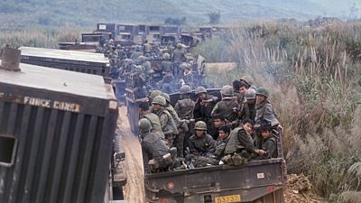 Američtí vojáci nasazení v roce 1971 do operace Dewey Canyon II v Jižním Vietnamu